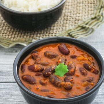 Punjabi Rajma Masala Recipe (Red Kidney Beans Curry)