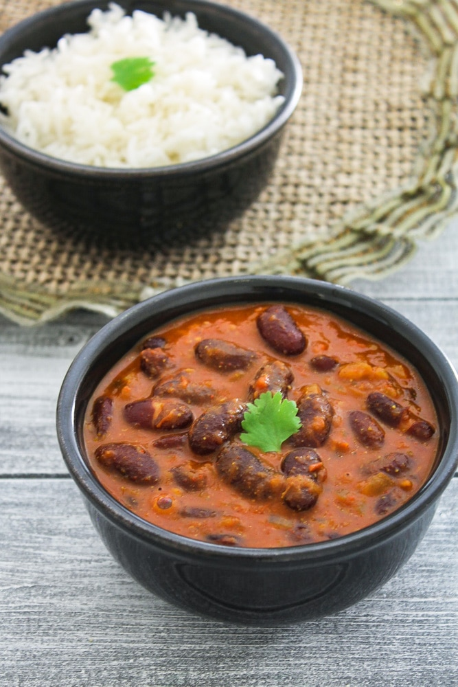 Punjabi Rajma Masala Recipe (Red Kidney Beans Curry)