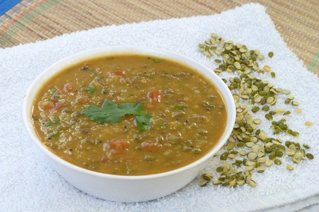 Chilke wali moong dal recipe (how to make chilka moong dal)