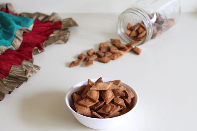 Shankarpali Recipe | Shakkar Para Recipe | Sweet Shankarpali