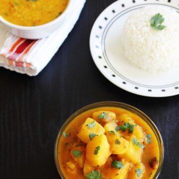 Rasawala batata nu shaak | Rasawala aloo | Gujarati potato subzi