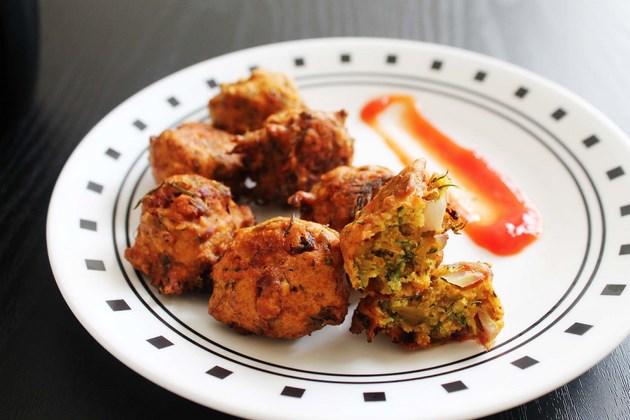 Dill leaves pakora recipe (Suva bhaji pakoda or sephu bhaji pakora)