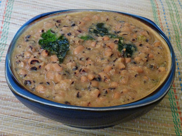 Black eyed peas curry recipe with coconut - lobia curry recipe