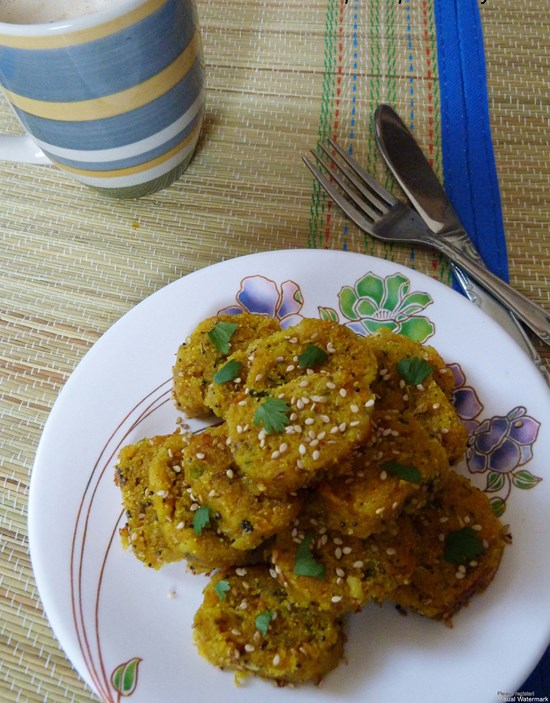 Dudhi muthia recipe (doodhi muthiya)