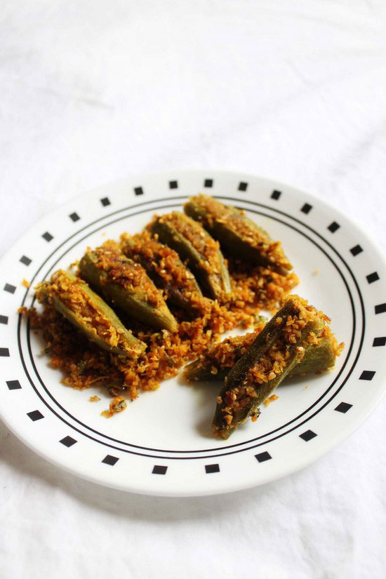 Bharwa Bhindi Recipe (Stuffed Bhindi)