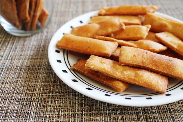 Namak pare recipe | How to make namak para | Easy snacks