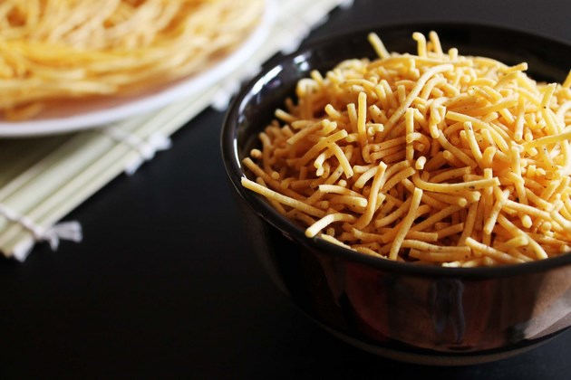 Sev Recipe (How to make sev), Besan sev recipe for chaat