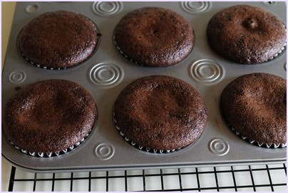 Eggless orange chocolate cupcakes recipe | Vegan cupcakes