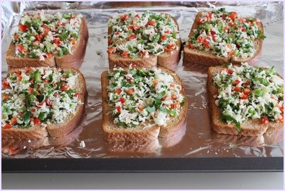 Chilli Cheese Toast Recipe   How to make Cheese Chilli Toast