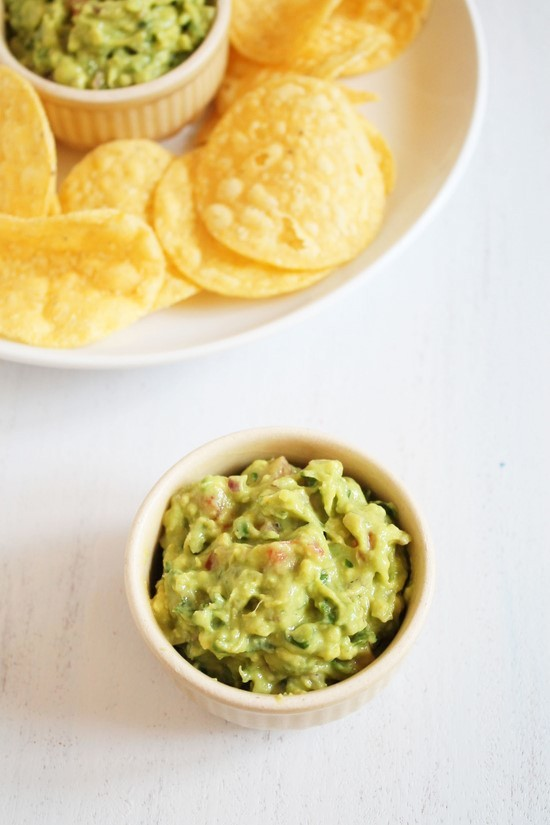 guacamole crispy tortillas with guacamole recipes dishmaps crispy ...