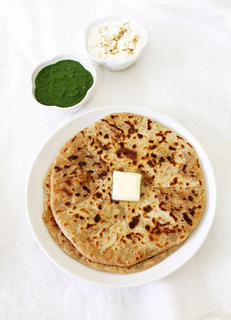 Aloo paratha recipe (How to make punjabi aloo paratha)