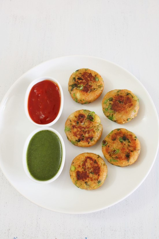 Aloo Tikki Recipe (Potato Patties)