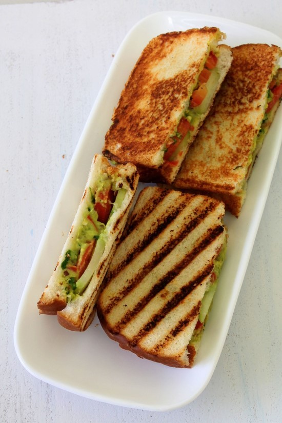 Guacamole Grilled Sandwich Recipe | Guacamole sandwich recipe