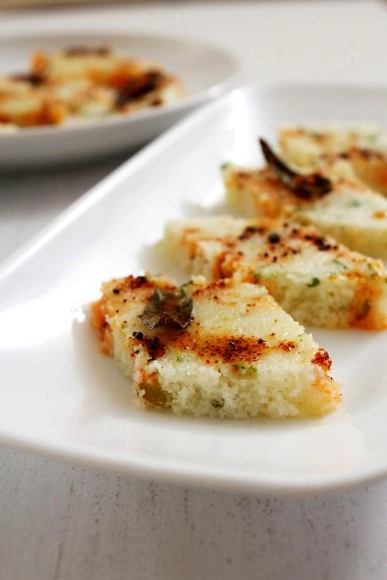 Rava Dhokla Recipe | Instant white dhokla recipe | Sooji Dhokla