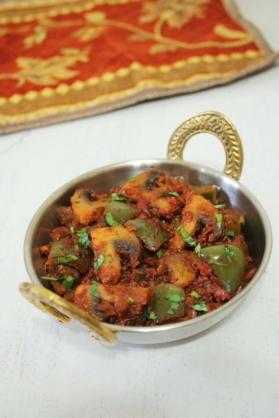 कढ़ाई मशरुम रेसिपी (Kadai Mushroom recipe in Hindi) कड़ाही मशरुम मसाला