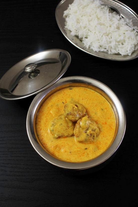 पंजाबी कढ़ी पकोड़ा बनाने की विधि (Punjabi Kadhi Pakora Recipe in Hindi)
