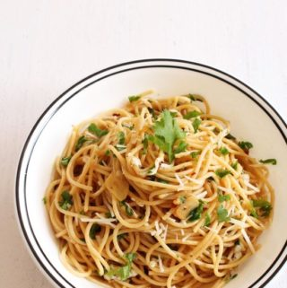 Spaghetti aglio e olio recipe | Spaghetti with Garlic and Oil