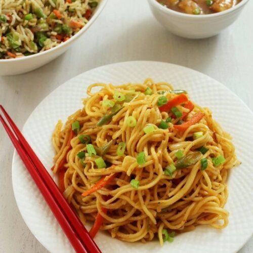 Schezwan Noodles Recipe | How to make Veg Schezwan Noodles