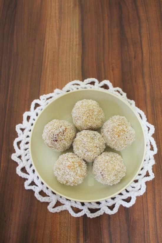 Coconut ladoo recipe with condensed milk | Coconut laddu recipe