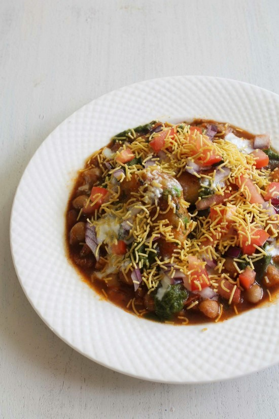 Chole tikki chaat | Aloo tikki chaat recipe | Aloo tikki chole recipe