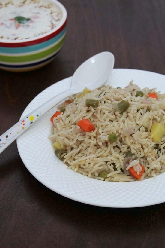 वेज पुलाव रेसिपी (Veg Pulao Recipe in Hindi) वेजिटेबल पुलाव बनाने की विधि