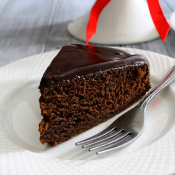 Eggless chocolate cake recipe | Chocolate cake with condensed milk
