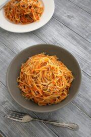 Roasted red pepper pasta recipe | Easy pasta recipes
