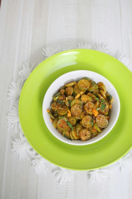 Tondli chi bhaji recipe how to make maharashtrian style tendli tondli chi bhaji recipe maharashtrian style tendli sabzi forumfinder Image collections
