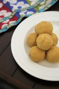 Rava Besan Ladoo Recipe | How to make rava besan laddu