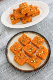 Carrot burfi recipe | Gajar ki burfi | How to make carrot burfi