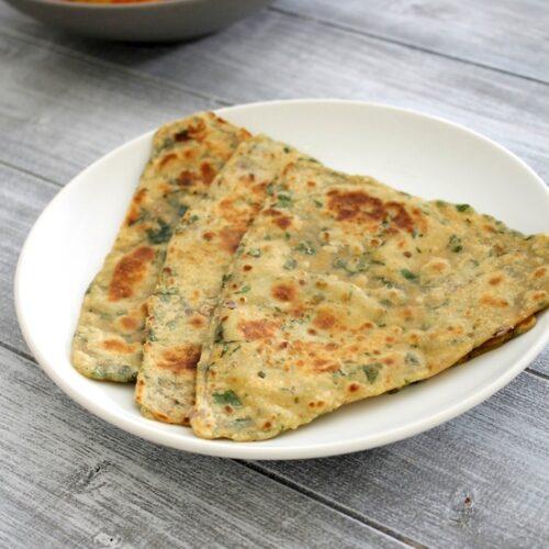 Palak paratha recipe | Spinach paratha | How to make palak paratha
