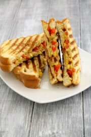 Corn and capsicum sandwich recipe | Grilled capsicum corn sandwich