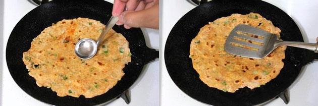 frying paratha on tawa