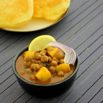 Aloo chana recipe | Aloo chole | Punjabi aloo chana masala