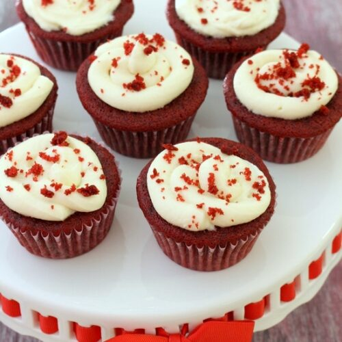 Eggless red velvet cupcakes recipe with cream cheese frosting