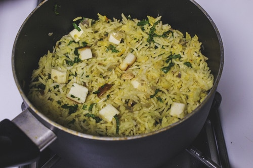 paneer pulao in a pan