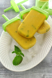 Mango popsicles recipe (4 ingredients mango coconut pops)