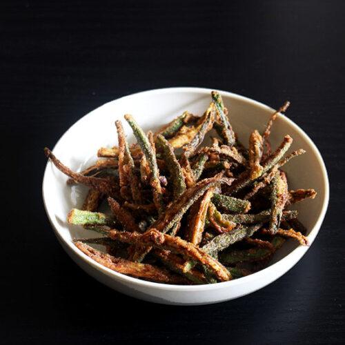 Kurkuri bhindi recipe | How to make kurkuri bhindi (Crispy fried bhindi)