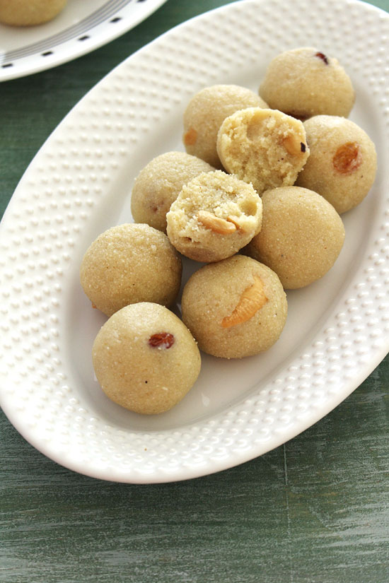Rava laddu recipe (How to make rava laddu), Rava ladoo recipe