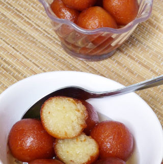 Gulab jamun recipe (How to make gulab jamun with khoya)