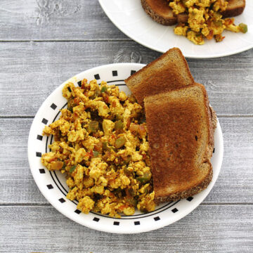 Tofu bhurji recipe (How to make tofu bhurji), Indian scrambled tofu