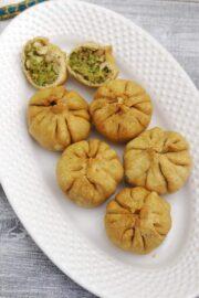 Lilva Kachori Recipe (How to make Fresh Tuvar Dana Kachori)