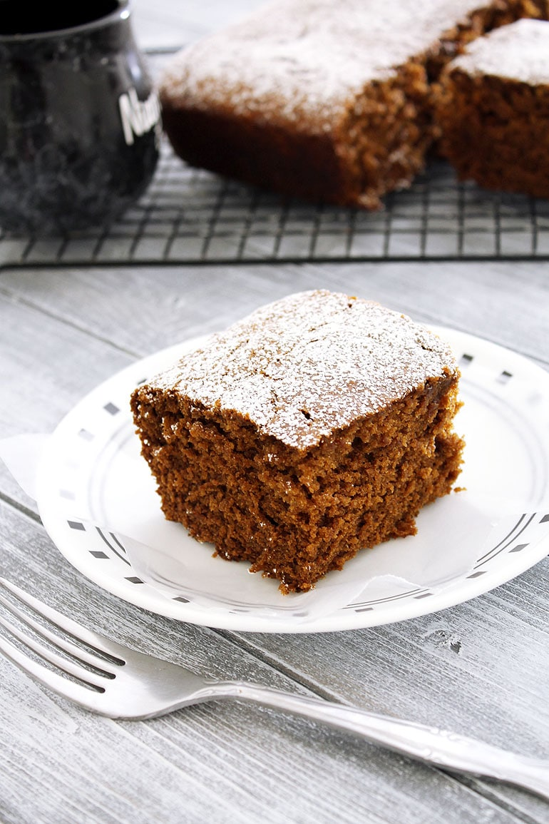 Eggless gingerbread cake recipe