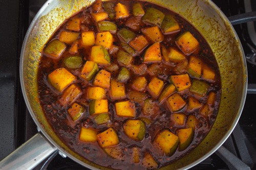cooled down sweet mango pickle