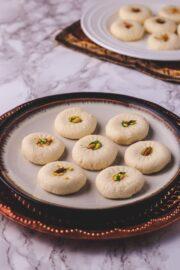 Sandesh Recipe (Bengali Sweet Sondesh)