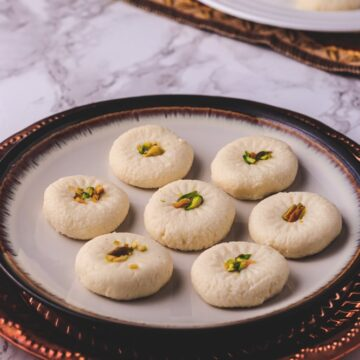 Sandesh Recipe (Bengali Sweet Sondesh)