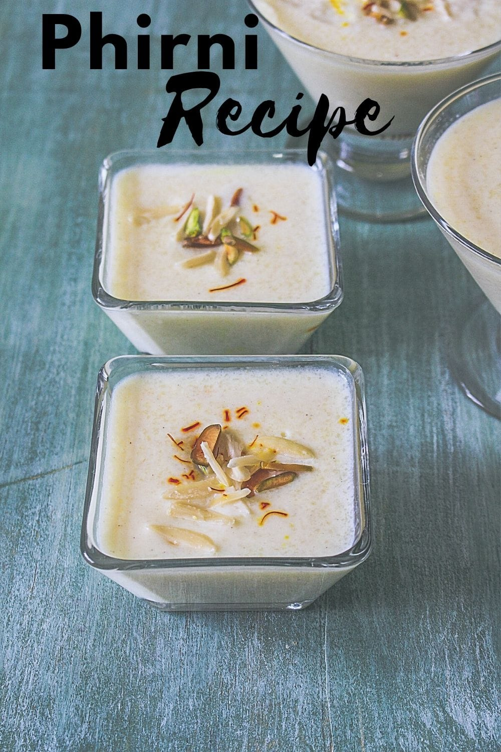 phirni in serving bowls with text on top of the image.