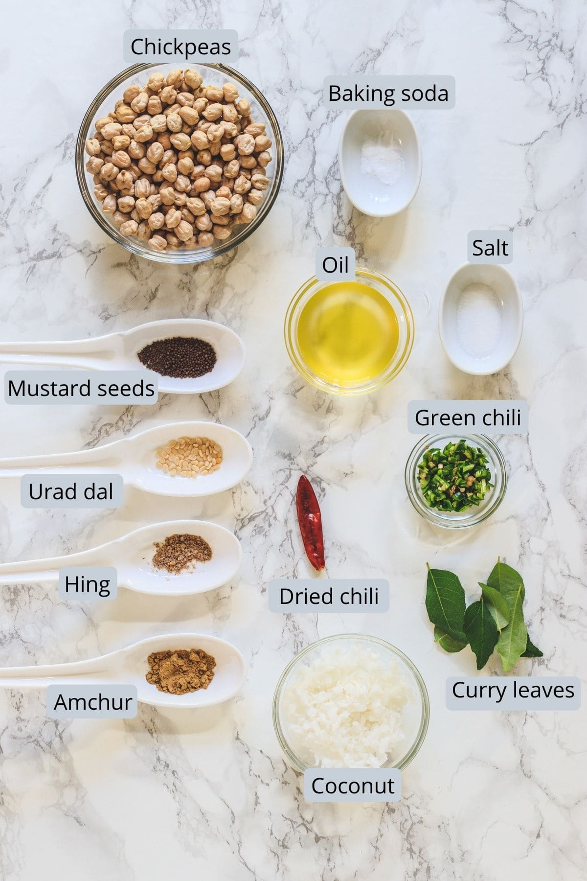 Ingredients used in channa sundal includes chickpeas, salt, oil, chilies, curry leaves and spices.